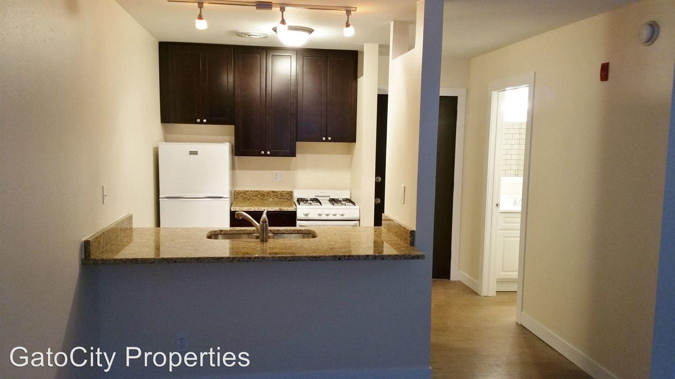 Studio 1 Bathroom Apartment for rent at 1535 N Van Buren St in Milwaukee, WI