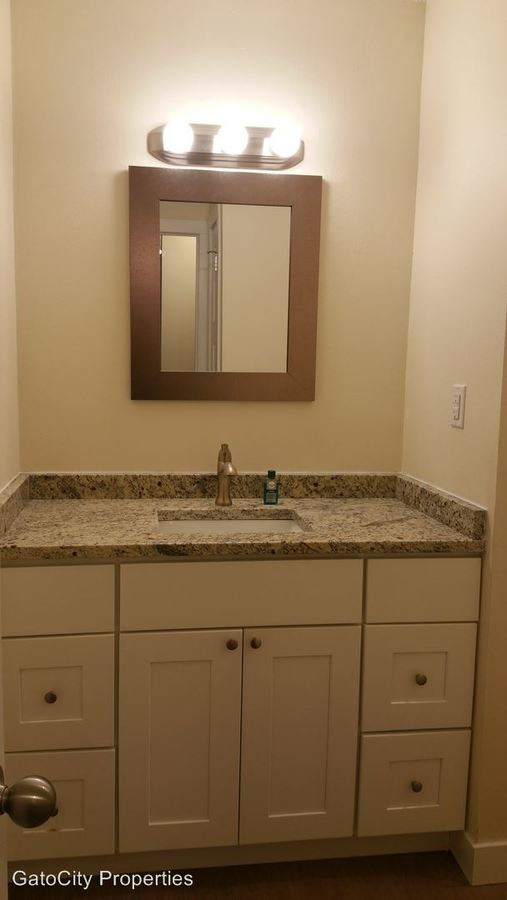 1 Bedroom 1 Bathroom Apartment for rent at 12415 W Greenfield Ave in New Berlin, WI