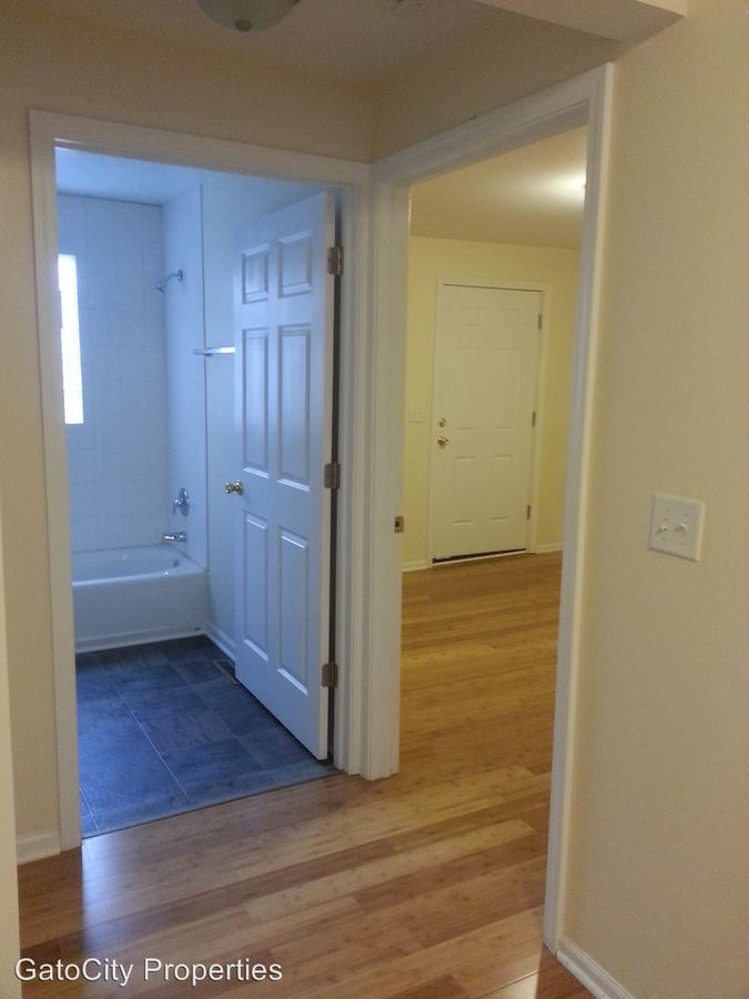 1 Bedroom 1 Bathroom Apartment for rent at 1602 N Jackson St in Milwaukee, WI