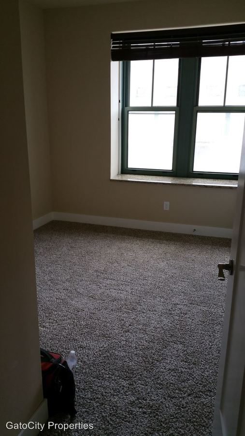 1 Bedroom 1 Bathroom Apartment for rent at 609 W Historic Mitchell St in Milwaukee, WI