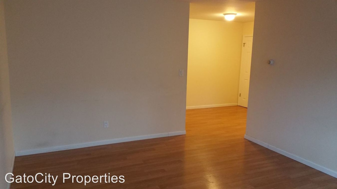 3 Bedrooms 1 Bathroom Apartment for rent at 2342 S Austin St in Milwaukee, WI