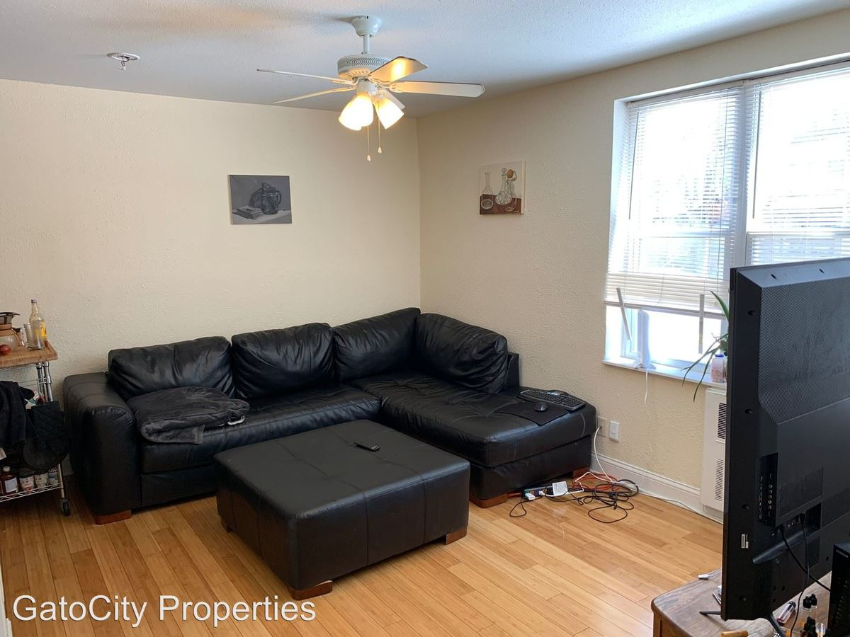 2 Bedrooms 1 Bathroom Apartment for rent at 1819 N Cambridge Ave in Milwaukee, WI