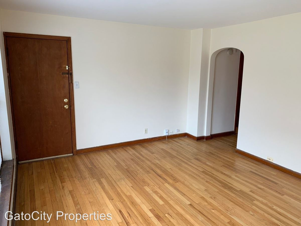 1 Bedroom 1 Bathroom Apartment for rent at 7505 W Center St in Wauwatosa, WI