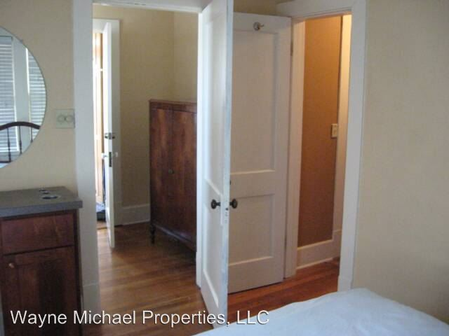 1 Bedroom 1 Bathroom Apartment for rent at 860 South Broadway in Lexington, KY
