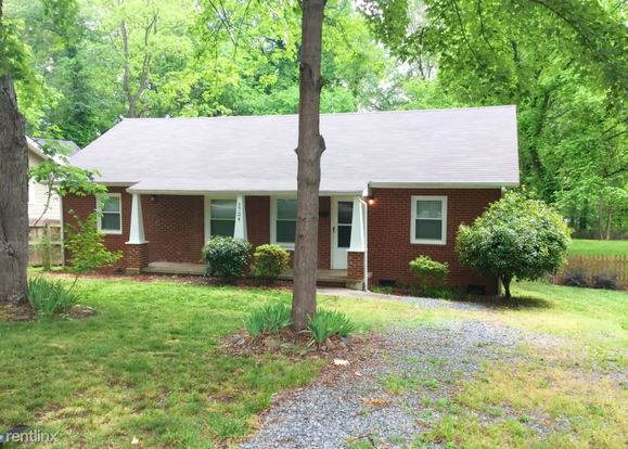 3 Bedrooms 2 Bathrooms House for rent at 1724 Logie Avenue in Charlotte, NC