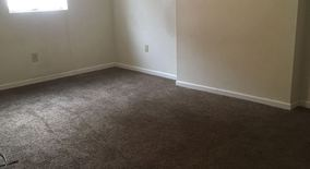 Similar Apartment at 6th St & Schoonmaker Ave