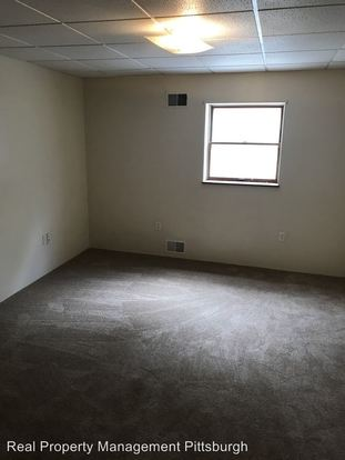 2 Bedrooms 1 Bathroom Apartment for rent at 6th St & Schoonmaker Ave in Monessen, PA