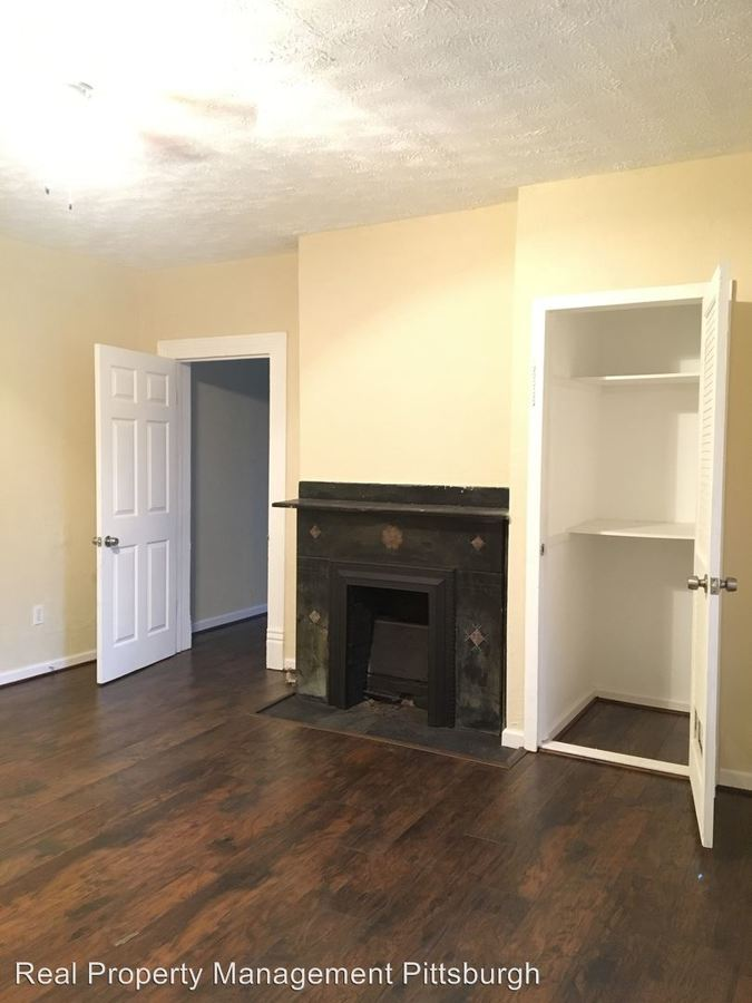 2 Bedrooms 1 Bathroom Apartment for rent at 14 Shannon Ave. Apt. A in Washington, PA
