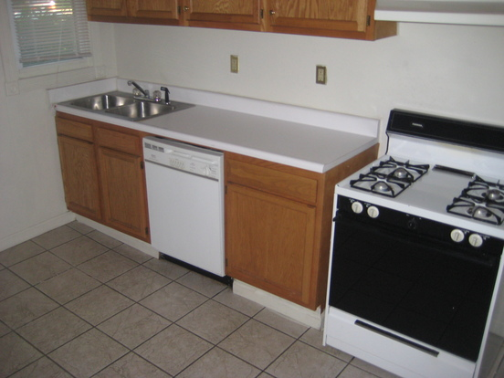 4 Bedrooms 2 Bathrooms House for rent at 88-90 West Maynard in Columbus, OH