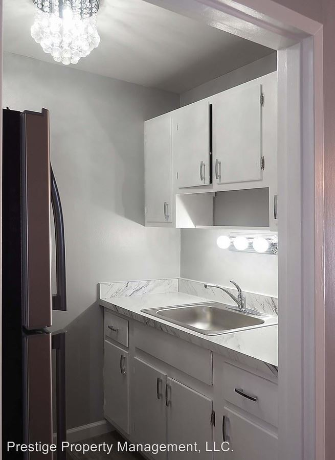 1 Bedroom 1 Bathroom Apartment for rent at 2935 Marshall Ave in Cincinnati, OH