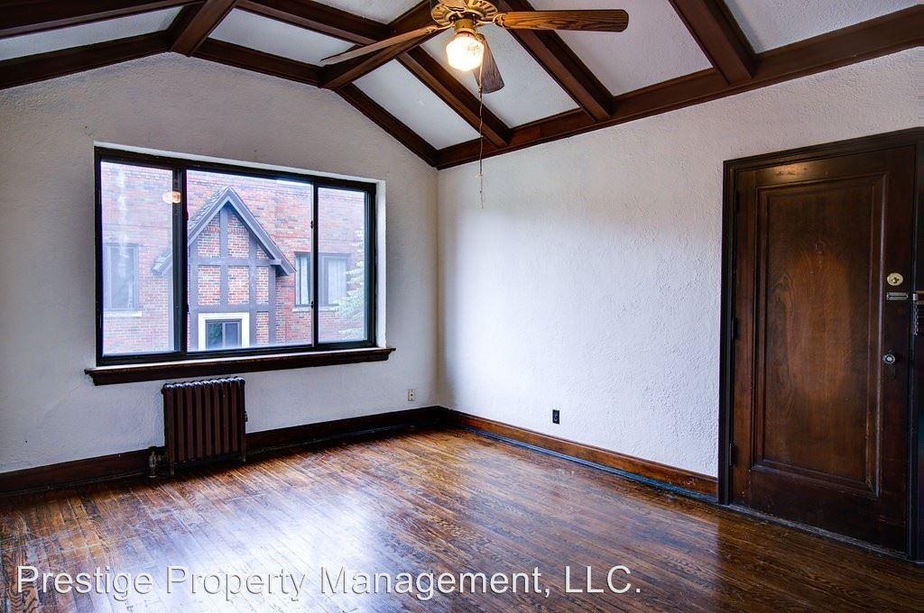 2 Bedrooms 1 Bathroom Apartment for rent at 2805 Digby in Cincinnati, OH