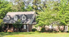 6905 Oak Leaf Drive