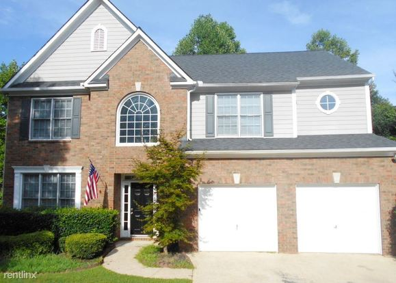 5 Bedrooms 2 Bathrooms House for rent at 1013 Chatsworth Lane in Woodstock, GA