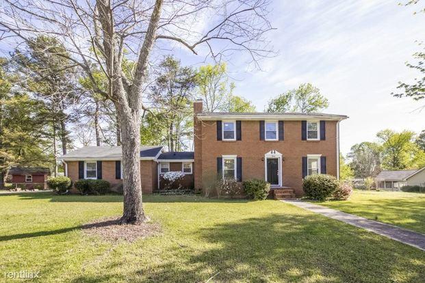 3 Bedrooms 2 Bathrooms House for rent at 5846 Tonya Lane in Douglasville, GA