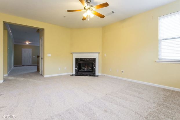 3 Bedrooms 2 Bathrooms House for rent at 534 Briarfield Crossing in Marietta, GA