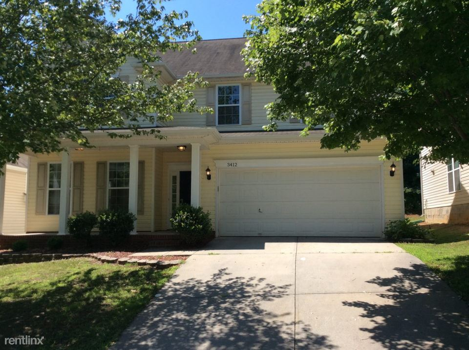 3 Bedrooms 3 Bathrooms House for rent at 3412 Crutchfield Place in Charlotte, NC