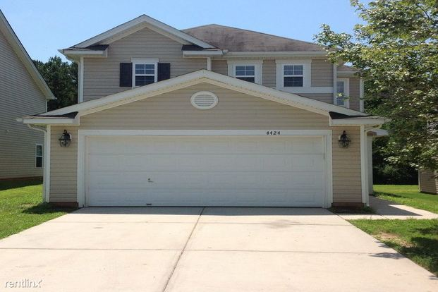 3 Bedrooms 2 Bathrooms House for rent at 4424 Stone Mountain Drive in Gastonia, NC
