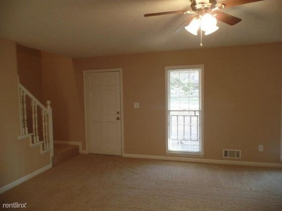 3 Bedrooms 2 Bathrooms House for rent at 156 Grady Court in Dallas, GA
