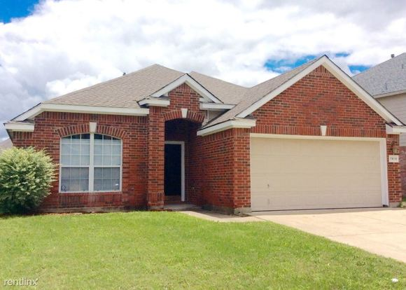 3 Bedrooms 2 Bathrooms House for rent at 7419 Cresswell Drive in Arlington, TX