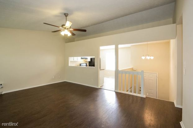 3 Bedrooms 2 Bathrooms House for rent at 6268 Marbut Farms Trail in Lithonia, GA