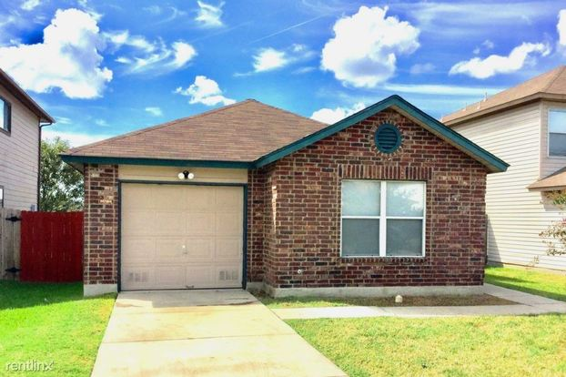 3 Bedrooms 2 Bathrooms House for rent at 6867 Flatstone Pass in Converse, TX