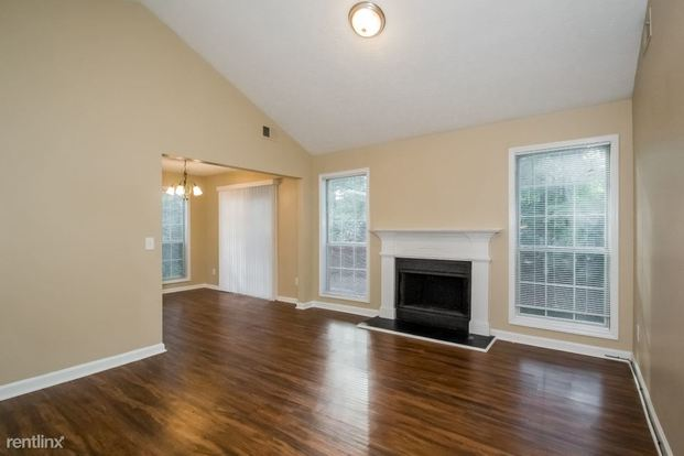 4 Bedrooms 3 Bathrooms House for rent at 3989 Cumberland Trail Se in Conyers, GA