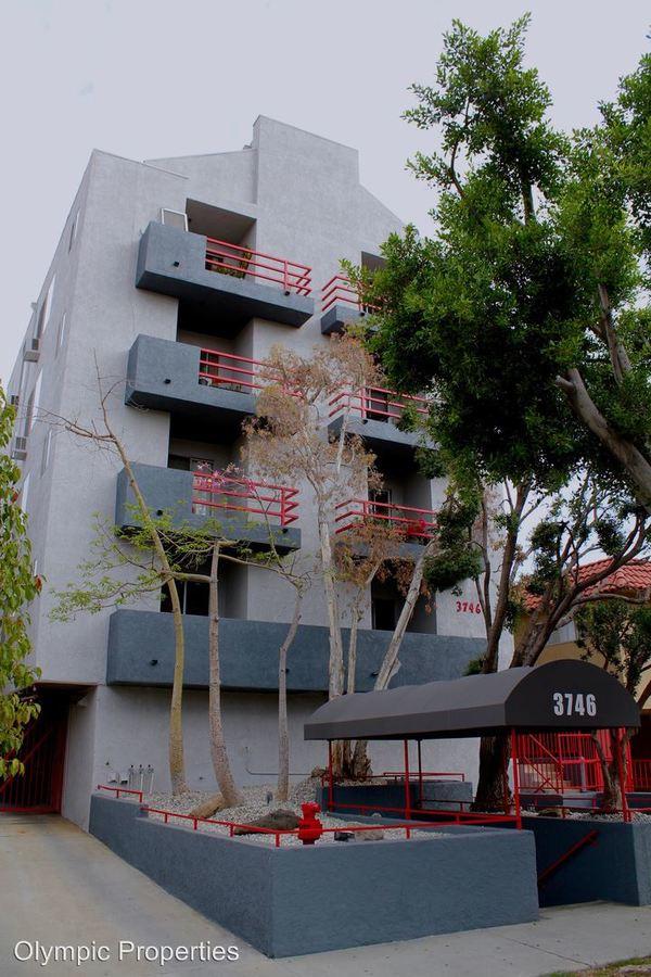 Studio 1 Bathroom Apartment for rent at 3746 Mentone Avenue in Los Angeles, CA