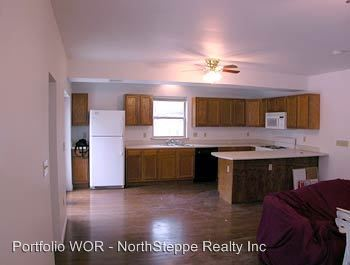 6 Bedrooms 2 Bathrooms House for rent at 64-66 E 17th Ave in Columbus, OH