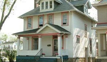 Similar Apartment at 2334 Indianola
