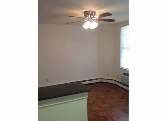 Studio 1 Bathroom Apartment for rent at 1433 1437 Highland in Columbus, OH