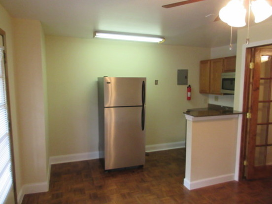 Studio 1 Bathroom Apartment for rent at 1472 1490 Neil Ave in Columbus, OH