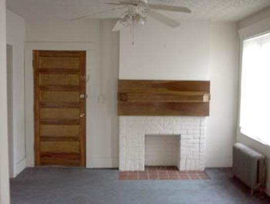 3 Bedrooms 1 Bathroom Apartment for rent at 4 E Norwich Ave in Columbus, OH