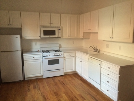 Studio 1 Bathroom Apartment for rent at 97 E Lincoln in Columbus, OH