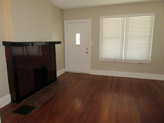 2 Bedrooms 1 Bathroom Apartment for rent at 123-125 Redbud Alley in Columbus, OH