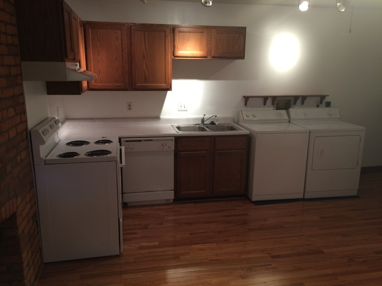 1 Bedroom 1 Bathroom Apartment for rent at 834 Summit in Columbus, OH