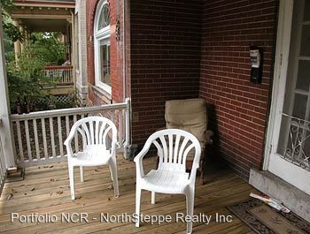 2 Bedrooms 2 Bathrooms House for rent at 316 318 W 7th Ave in Columbus, OH