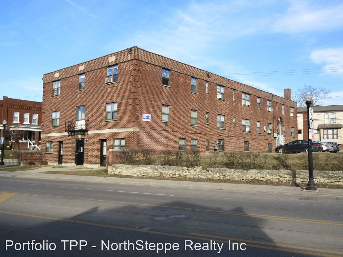 1 Bedroom 1 Bathroom Apartment for rent at 2330-2334 N High St in Columbus