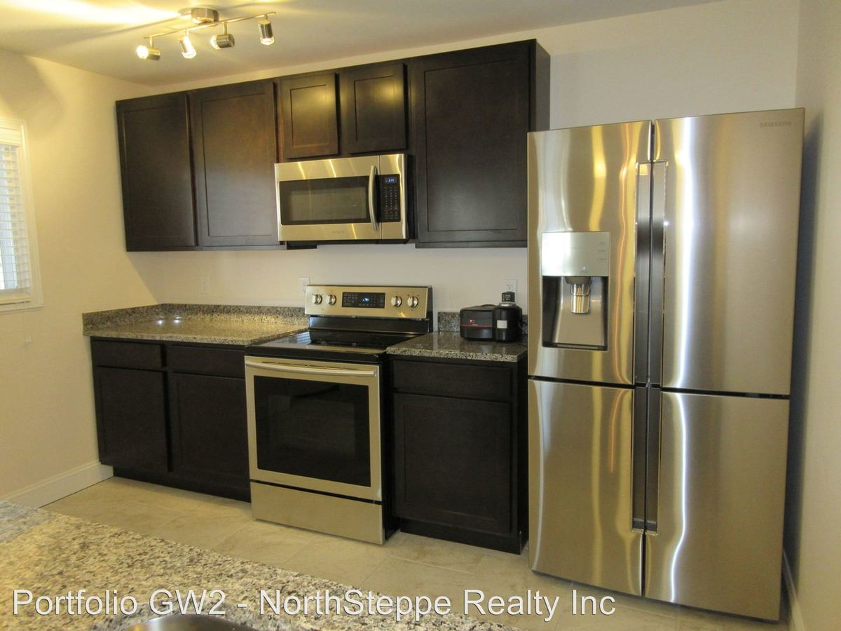 3 Bedrooms 1 Bathroom Apartment for rent at 60-66 E 7th Ave in Columbus, OH
