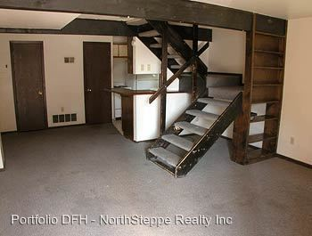 4 Bedrooms 2 Bathrooms Apartment for rent at 300 E 13th in Columbus, OH