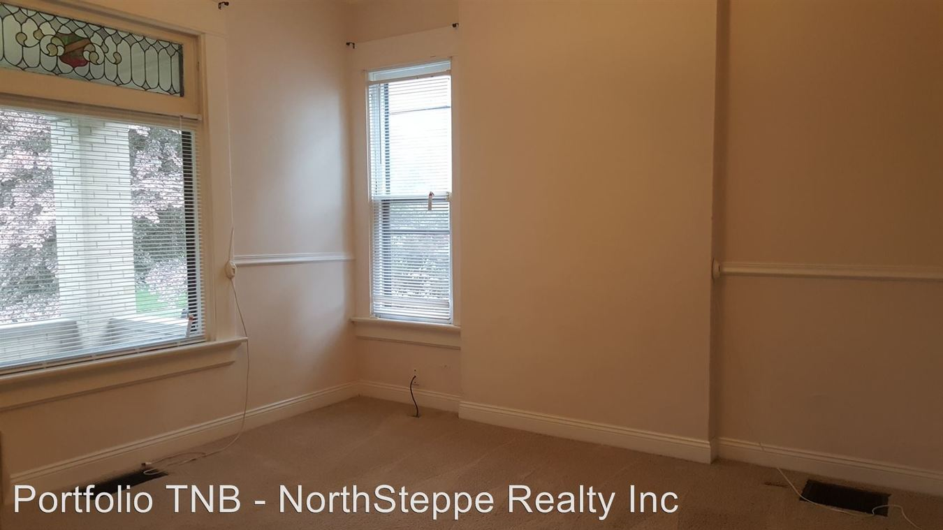 1 Bedroom 1 Bathroom Apartment for rent at 486 W 4th Ave in Columbus, OH