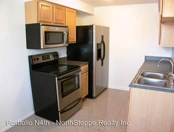 3 Bedrooms 2 Bathrooms Apartment for rent at 1702-1712 N 4th in Columbus, OH