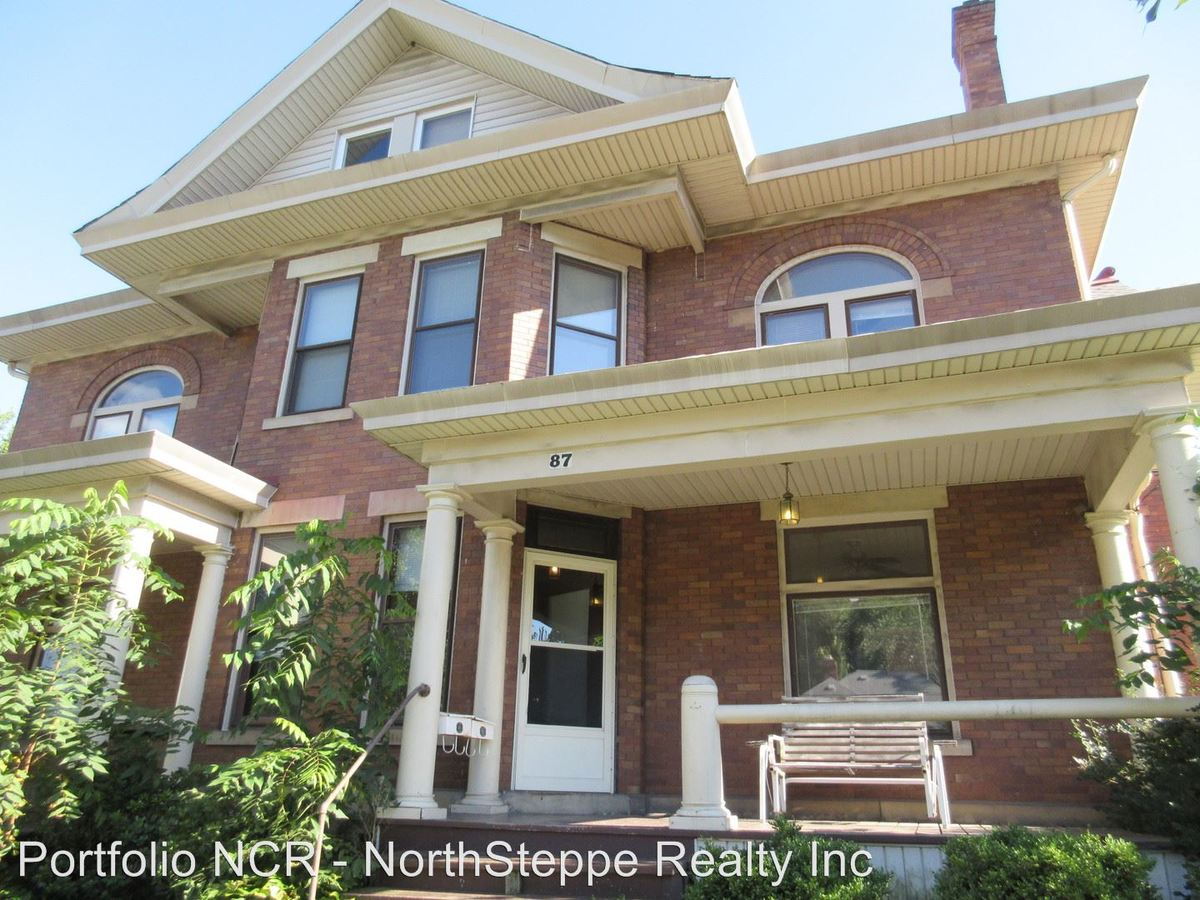 2 Bedrooms 1 Bathroom Apartment for rent at 87 89 E College Avenue in Westerville, OH