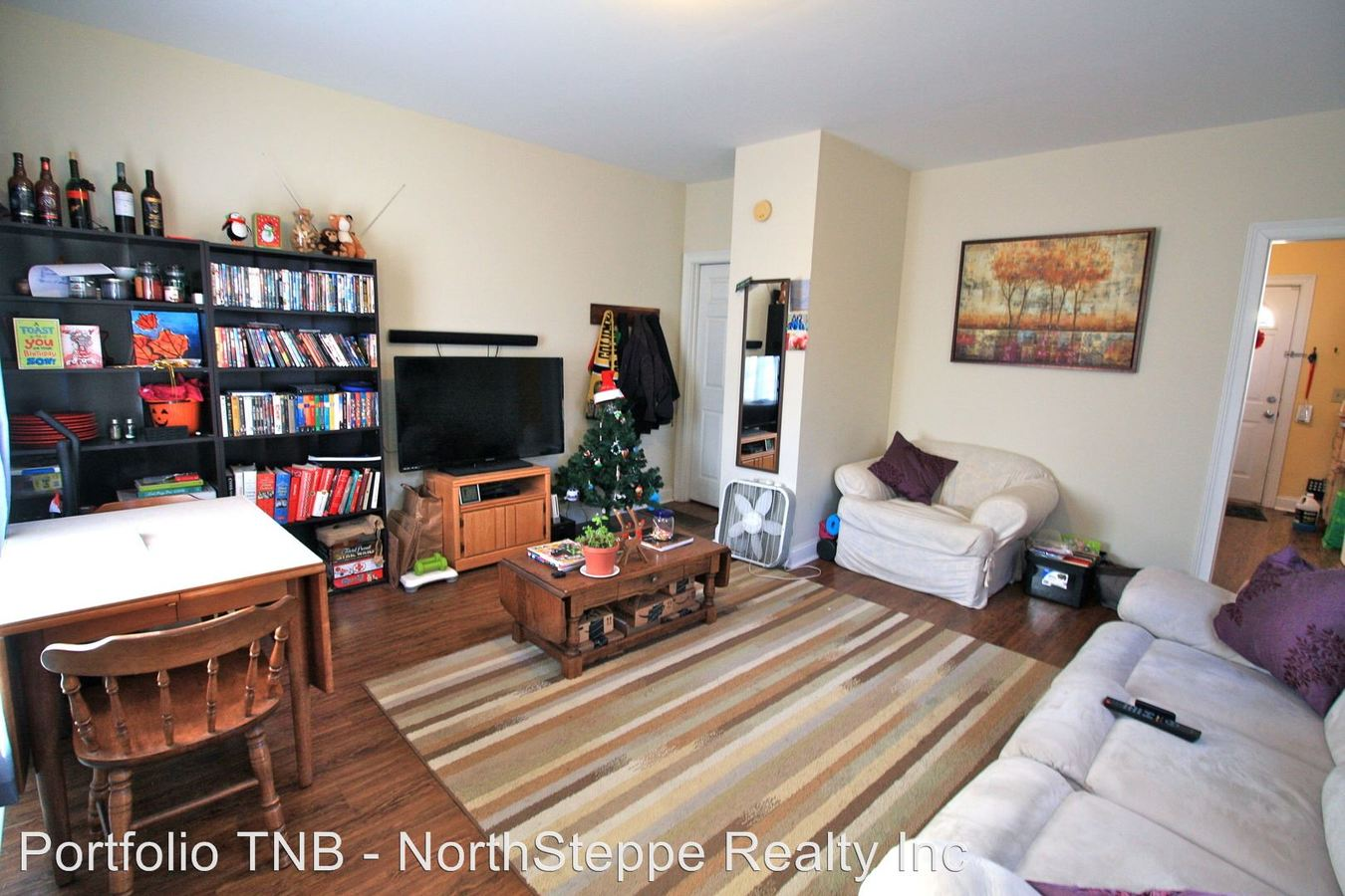 2 Bedrooms 1 Bathroom Apartment for rent at 1273-1275 Hunter Avenue in Columbus, OH
