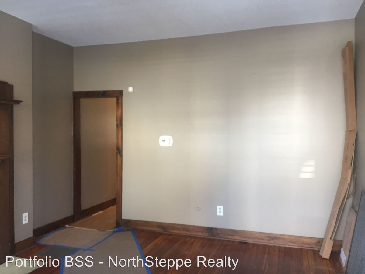 2 Bedrooms 1 Bathroom House for rent at 31 E Second in Columbus, OH