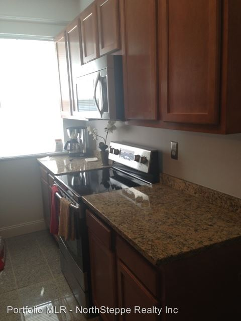 3 Bedrooms 1 Bathroom Apartment for rent at 77-79 W Hubbard in Columbus, OH