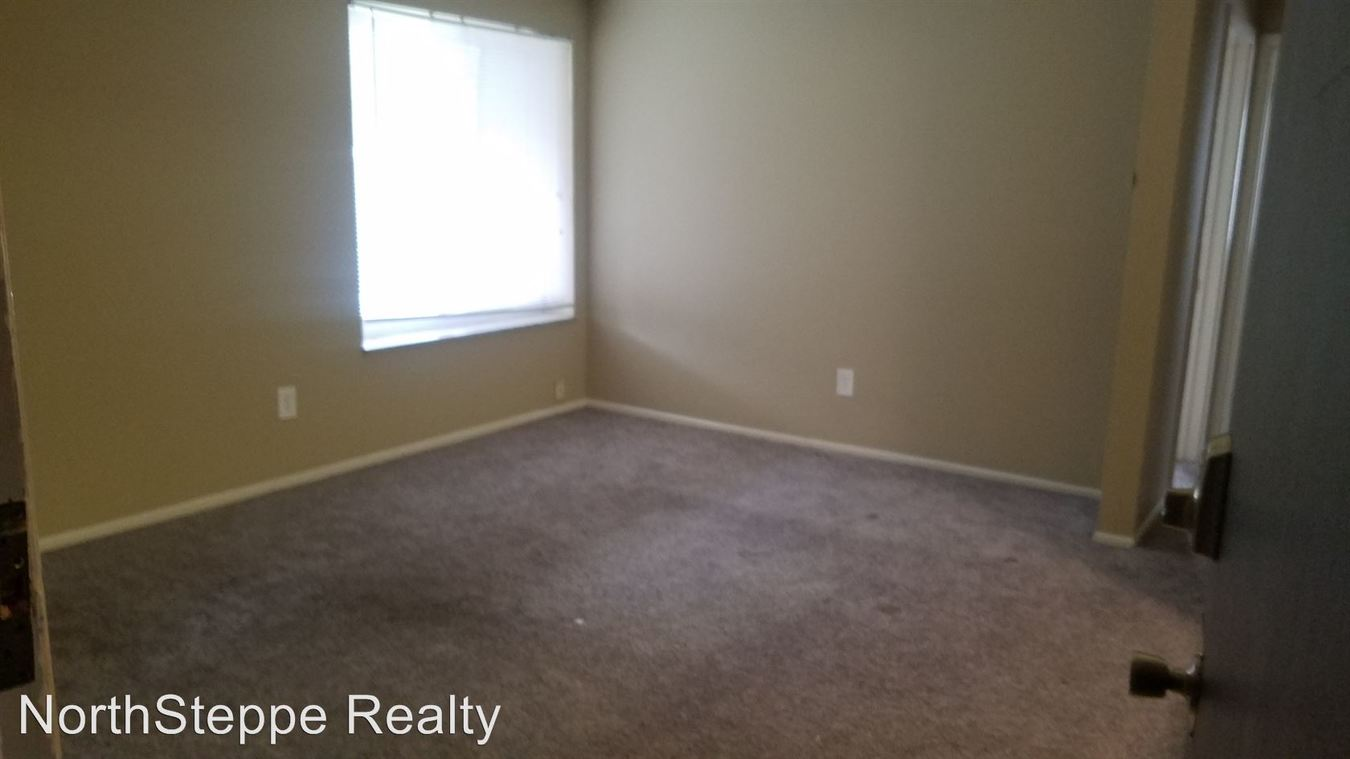 2 Bedrooms 1 Bathroom Apartment for rent at 1680 Summit St in Columbus, OH