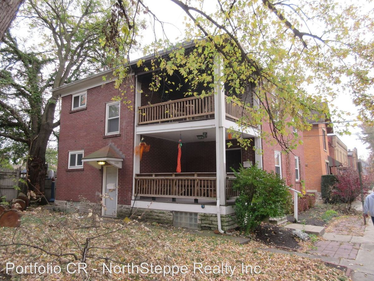 2 Bedrooms 1 Bathroom Apartment for rent at 1356 Dennison in Columbus, OH