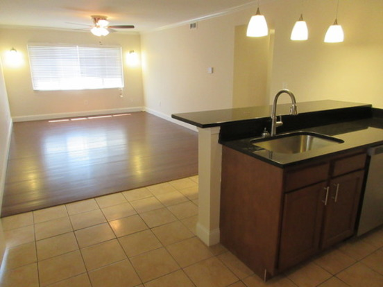 3 Bedrooms 1 Bathroom Apartment for rent at 60 E 7th Ave in Columbus, OH