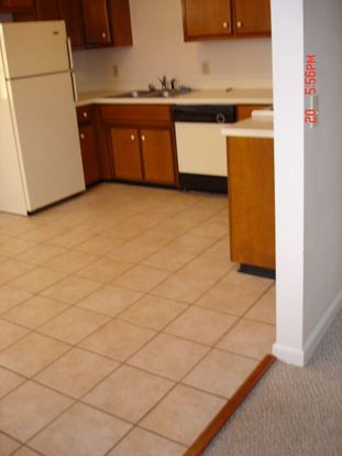 2 Bedrooms 1 Bathroom Apartment for rent at 109/111 Township Square in Lawrenceburg, KY
