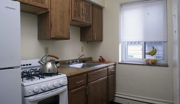 Centre Towers Apartment for rent in Pittsburgh, PA